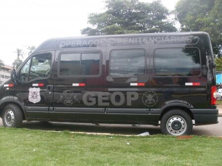 Imagem de serviço de envelopamento de veículo GEOP
